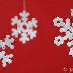 Sněhové vločky ze zažehlovacích korálků
